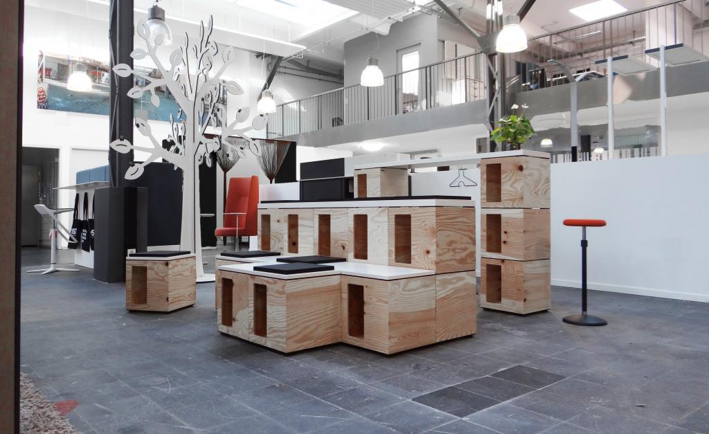 Unsere Produkte: Büromöbel und Einrichtungsteile mit Form ...